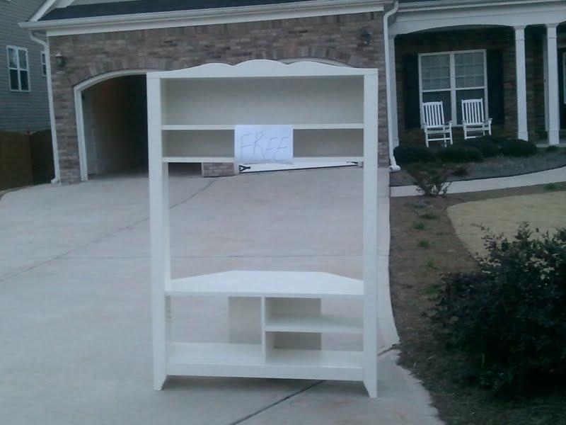 free ikea corner tv stand freebees come and get 39 em. Black Bedroom Furniture Sets. Home Design Ideas