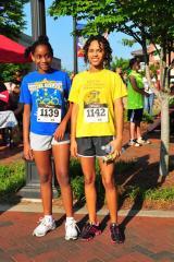 5k runners - girls.jpg