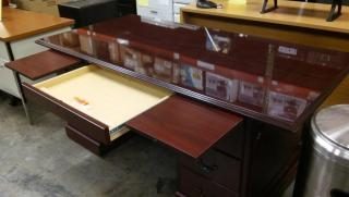 Center Drawer & Trays Extended.jpg