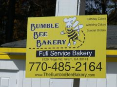 Bumble Bee Bakery-how cute is that!.JPG