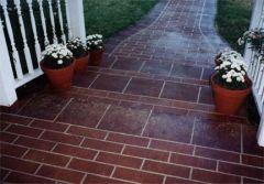 Brick pattern walkway