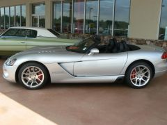 North Atlanta Auto Superstore--2005 Viper
