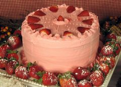 Strawberry Cake from Rodney's